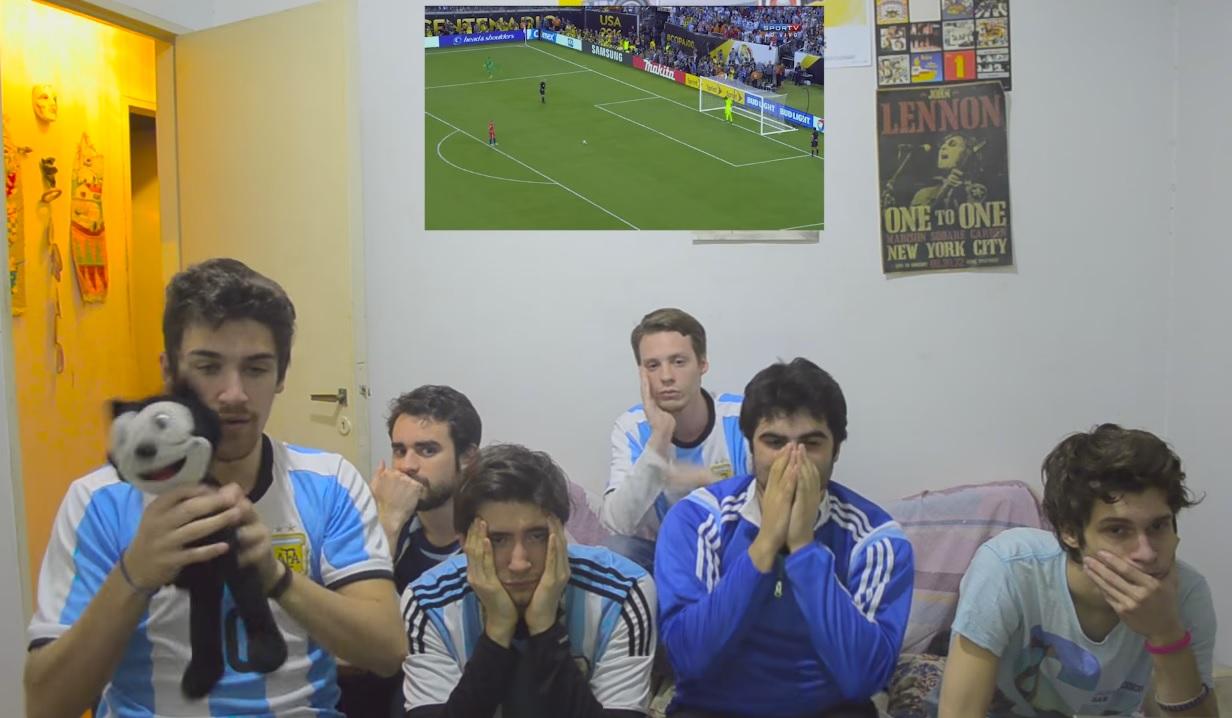 hinchas de Argentina durante los penales