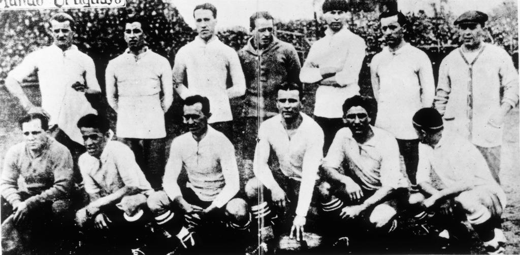 Formacion Seleccion de Uruguay, año 1924, en el Campeonato Sudamericano.