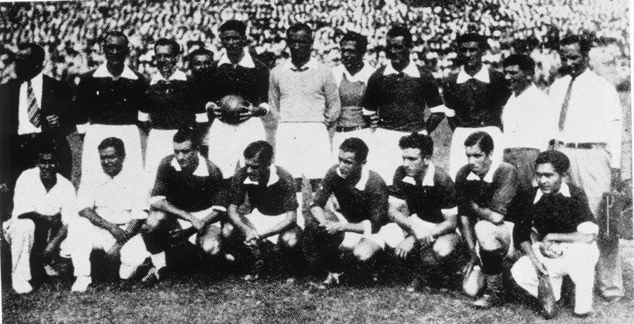La selección uruguaya en 1935 en el Campeonato Sudamericano.