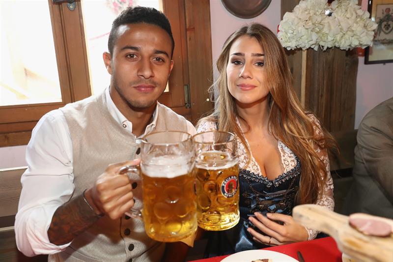 Los jugadores de Bayern Munich en el Oktoberfest