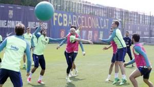 Los jugadores de Barcelona jugando al dodgeball