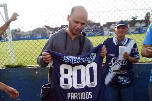 Jorge cumplió 800 partidos ininterrumpidos con San Martín. Foto: HistoriasSanMartindeBurzaco (Facebook)