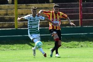 Plaza Colonia vs Progreso, 0-0, partido por Torneo Intermedio, en Est. Paladino, foto Estefania Leal, Archivo El Pais, nd 20201024