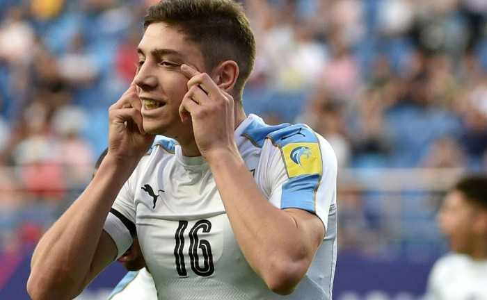 Federico Valverde celebra su gol